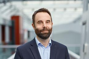 Martin Persson, säljchef på PostNord Strålfors i Sverige.