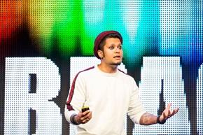 – Se till att dina produkter och tjänster får kunderna att bli förälskade i dem, säger Rahul Lindberg Sen, Lead, Growth  Designer på Spotify.